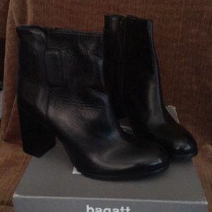 Woman dress boots